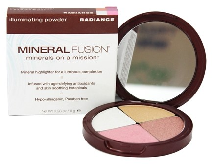 DROPPED: Mineral Fusion - Illuminating Powder Radiance - 0.28 oz.